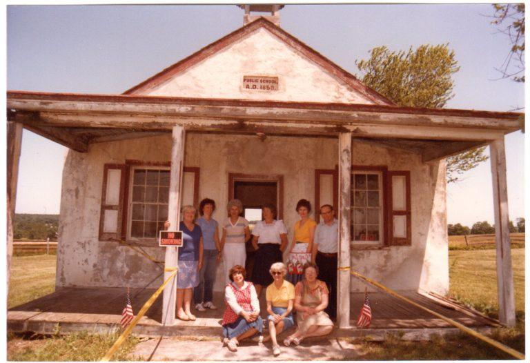 Attic sales crew, 1983