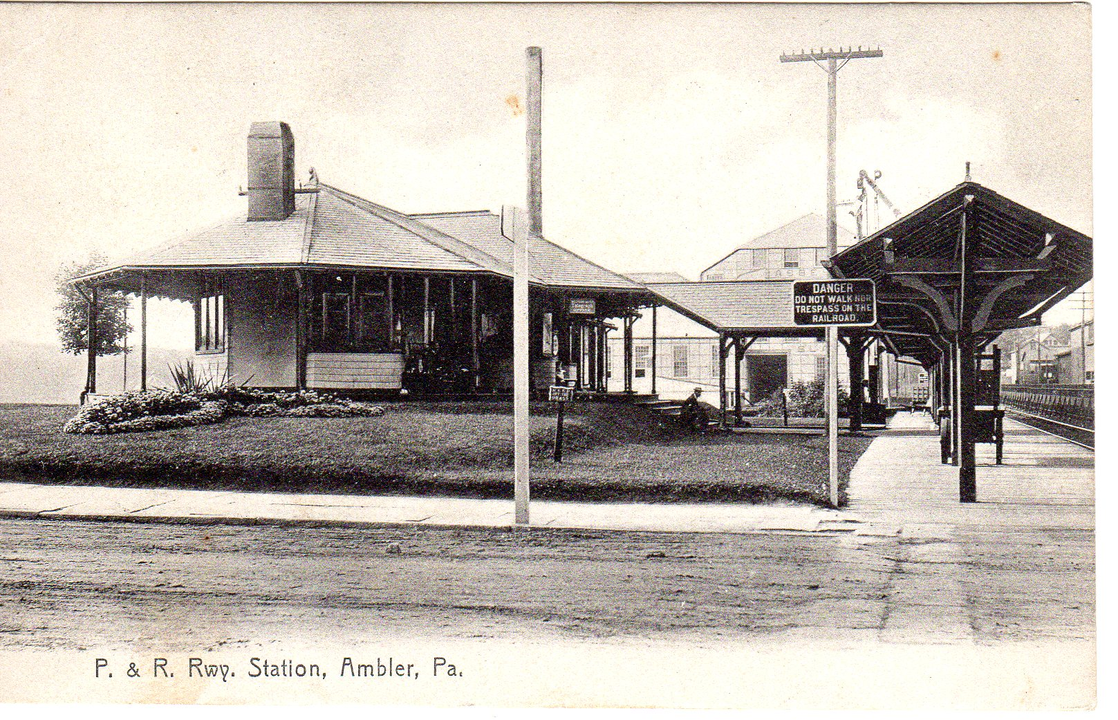 Post Card Collection (E Simon)_2682_09_P&R Rwy Station, Ambler, Pa_5 Sep 1912