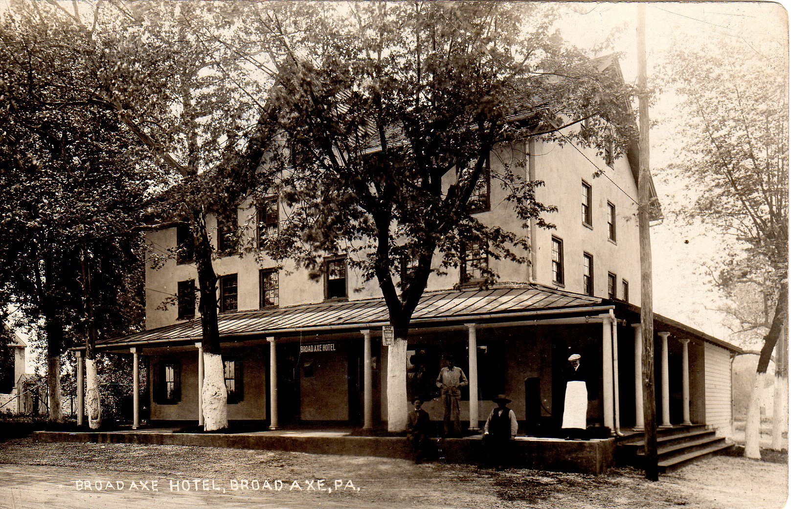 Post Card Collection (E Simon)_2682_67_Broad Axe Hotel, Broad Axe, Pa_23 May 1913